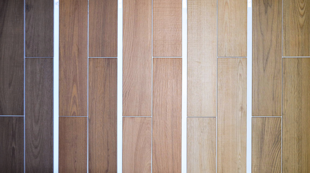 Piastrelle effetto legno le diverse sfumature da pellizzari a vicenza fratelli pellizzari - Piastrelle finto legno ...
