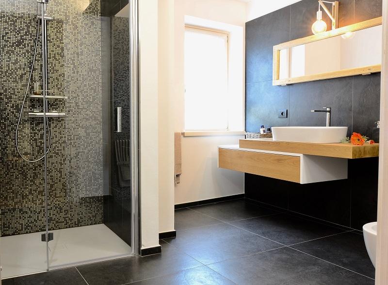 La casa di marco a verona ristrutturare senza snaturare fratelli pellizzari - La casa del bagno ...