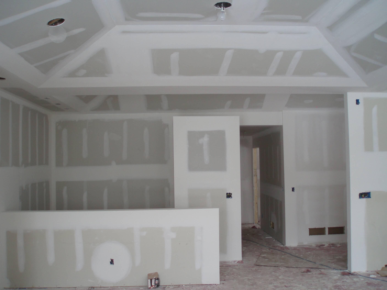 cornici di gesso per pareti prezzi: elementi decorativi pitturare ... - Pareti In Gesso Prezzi