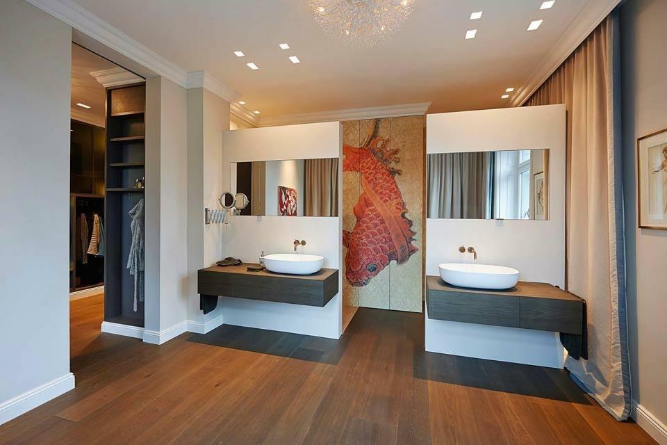 Pavimento in legno nel bagno si pu fratelli pellizzari - Verniciatura a bagno ...