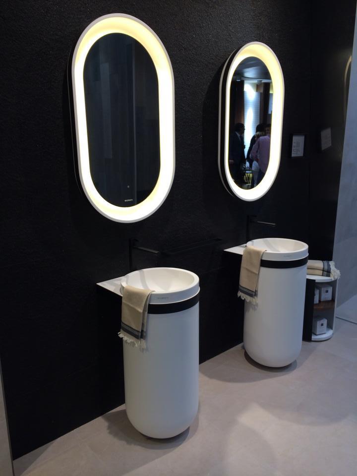 Specchio bagno quale scegliere fratelli pellizzari - Fare il bagno in inglese ...