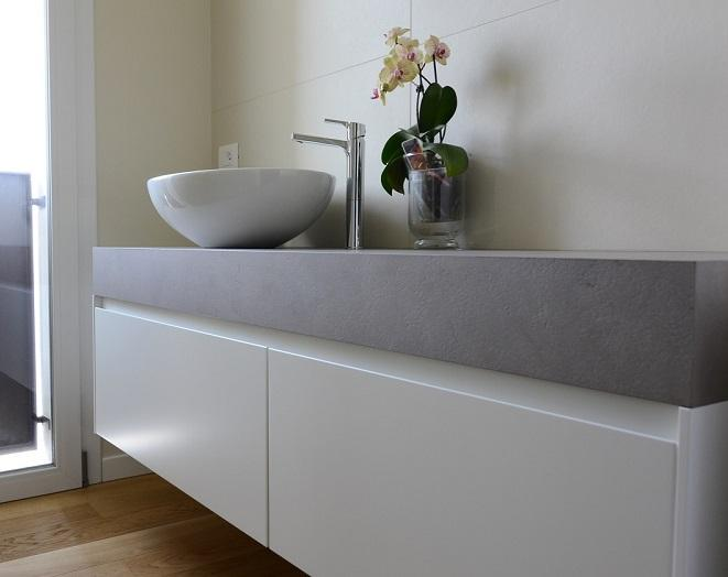 Mobile bagno: sospeso o a terra? | Fratelli Pellizzari