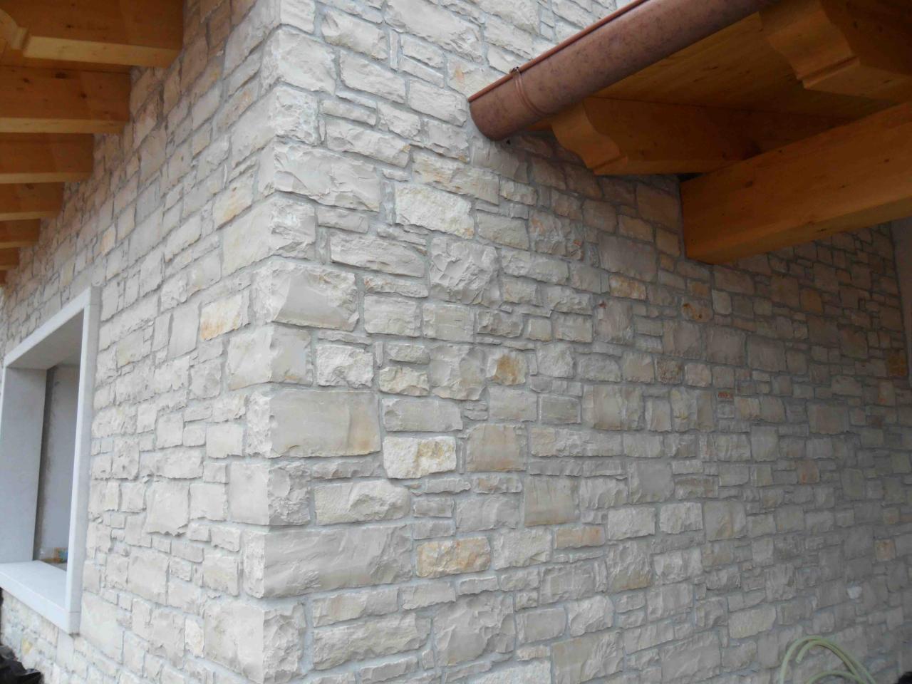 Rivestire Un Arco In Legno rivestimenti in pietra interni ed esterni realizzati a