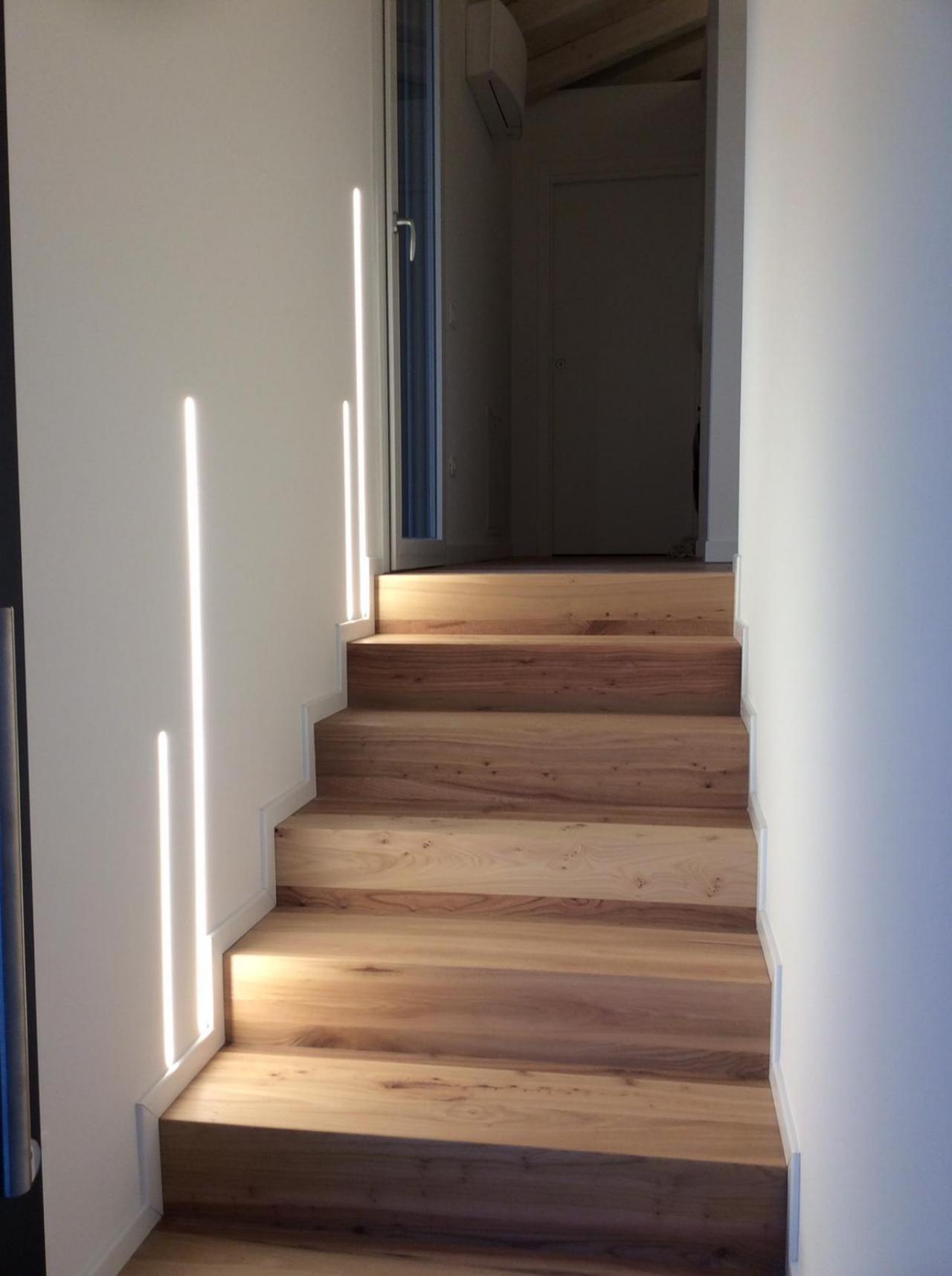 Scale in legno pellizzari vicenza e verona fratelli for Gradini in legno massello prezzo