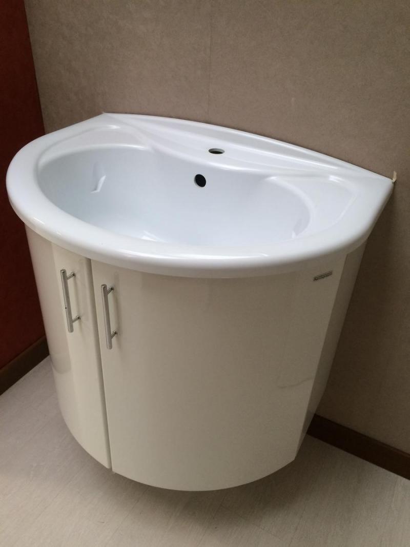 Mobile bagno laccato bianco da pellizzari a vicenza - Iva ristrutturazione bagno ...