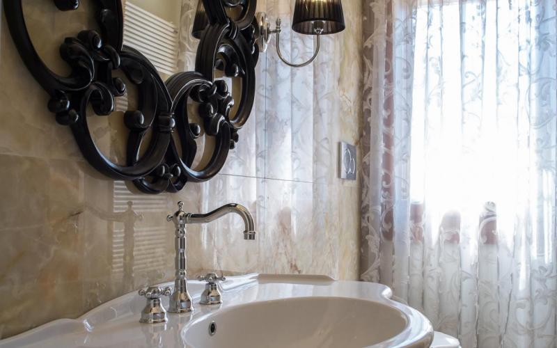 Specchio bagno incassato nelle piastrelle perfect bagno con vasca