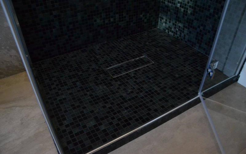 Piatto doccia mosaico cool foto del progetto with piatto - Piatto doccia mosaico ...