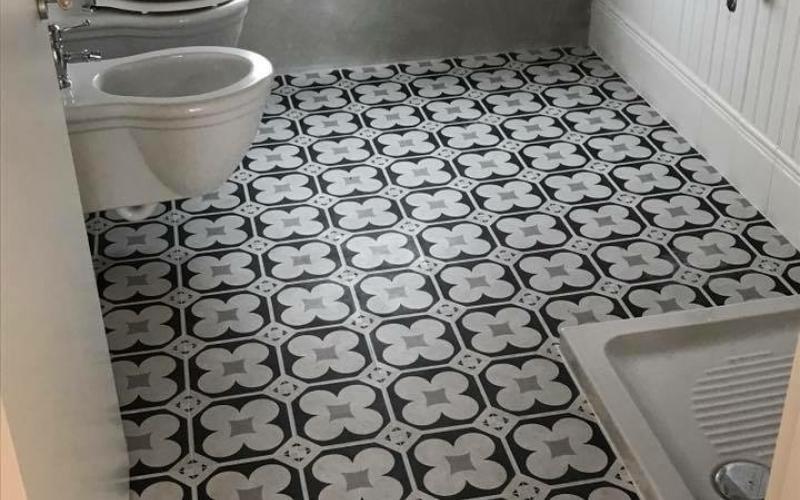 Cementine grigie simple arredo bagno moderno bagno grigio con
