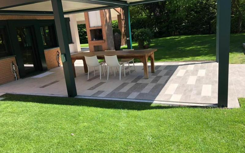 Outdoor-stoneware-flooring-Vicenza_2