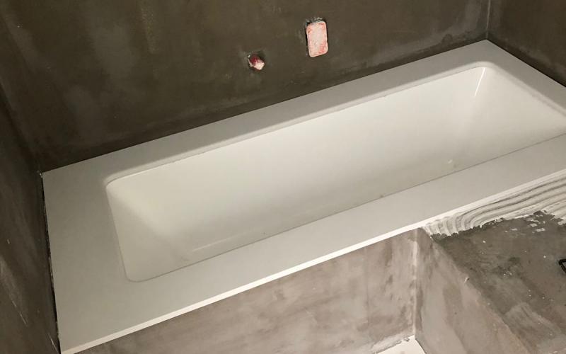 Vasca da bagno grigia decorazioni per la casa salvarlaile