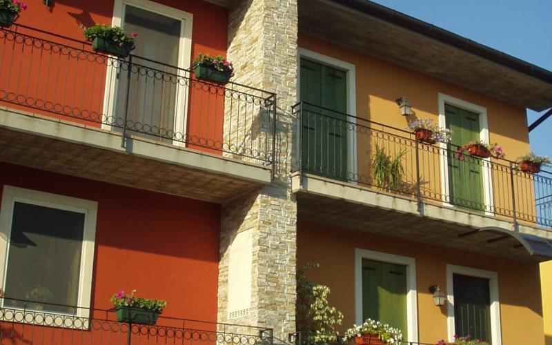 Rivestimento Esterno Casa : Rivestimenti esterni casa moderna pavimenti per esterni guida