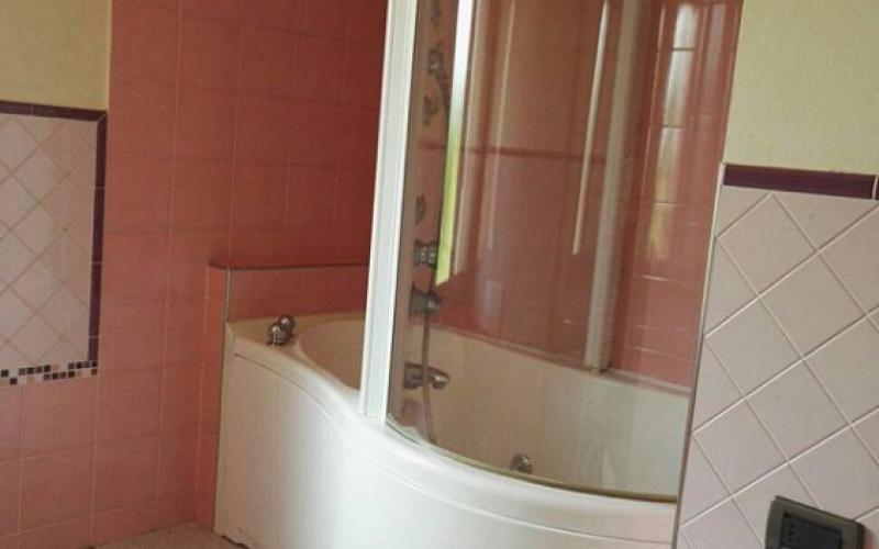 Vasca Da Bagno Usurata : Vasca da bagno con idromassaggio tutto quello che non sai