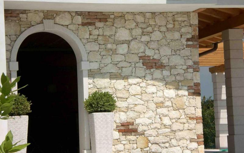 brick stone house covering vicenza