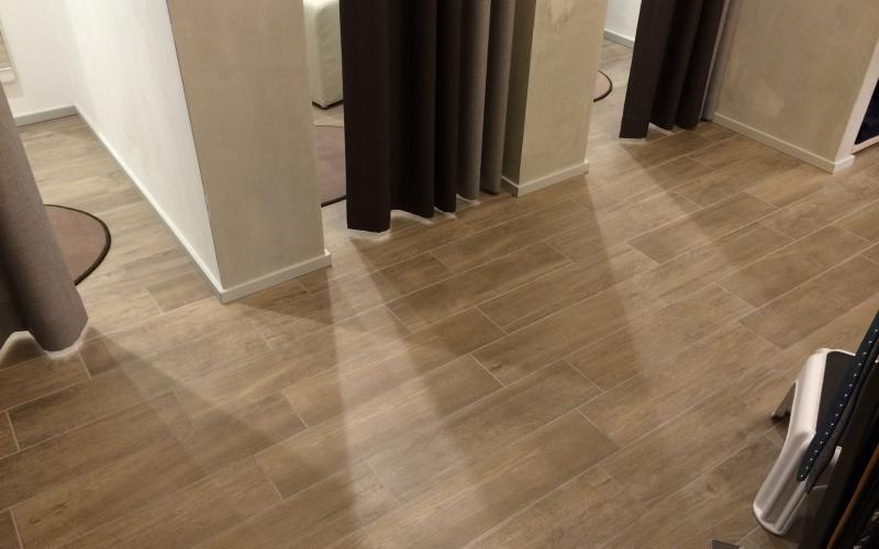Pavimenti in piastrelle di ceramica e gres a vicenza e - Pavimenti in piastrelle di ceramica ...