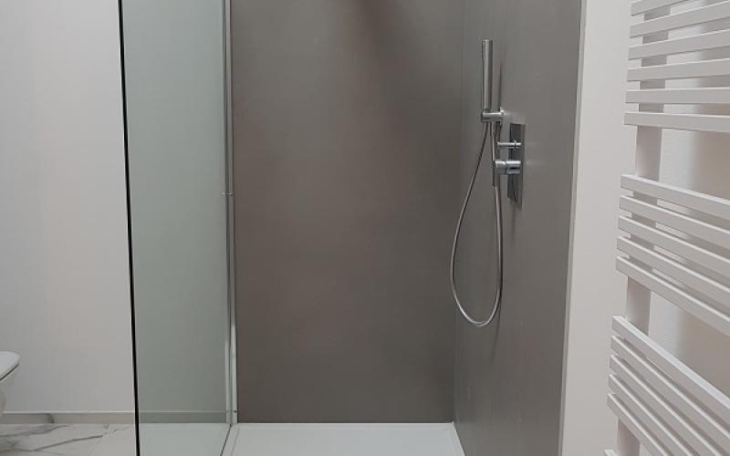 Bagno Con Doccia Walk In : I pro e i contro delle docce walk in