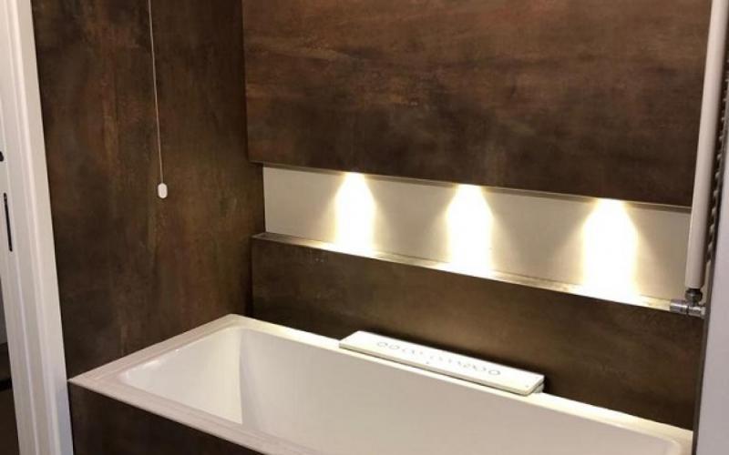 Come Illuminare Lo Specchio Del Bagno.Illuminazione In Bagno Come Realizzarla Fratelli Pellizzari