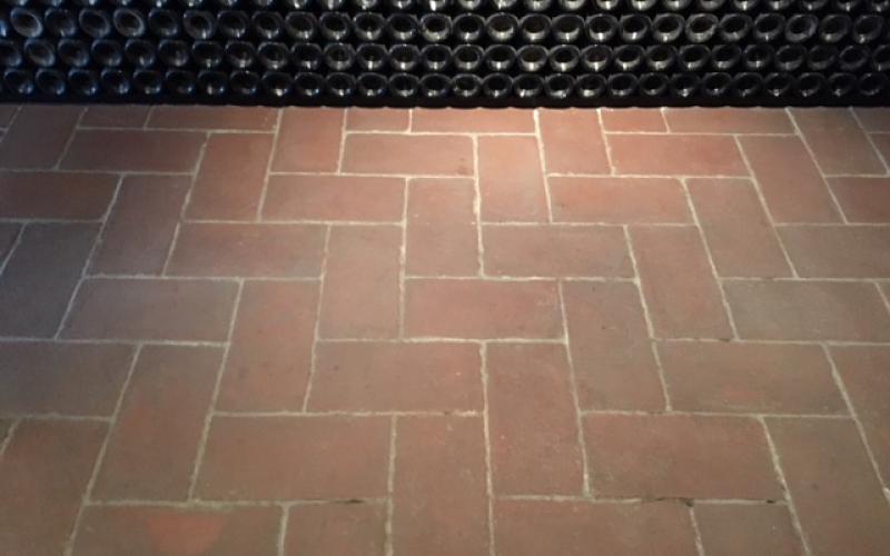Pavimento finto cotto prezzi pavimento per cantina vinicola le