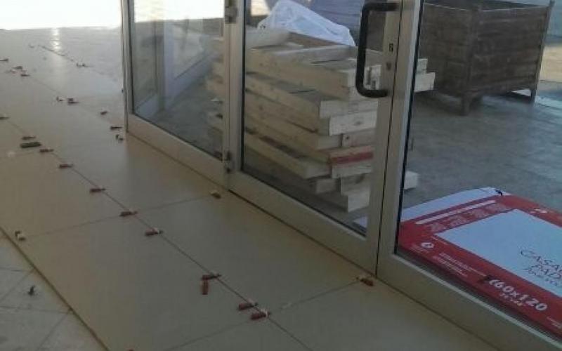 Posa piastrelle su pavimento esistente tipi di posa del parquetla