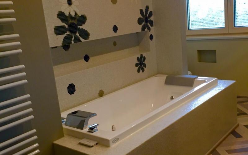 Bagno Legno E Mosaico : Bagno chiavi in mano a vicenza e verona fratelli pellizzari