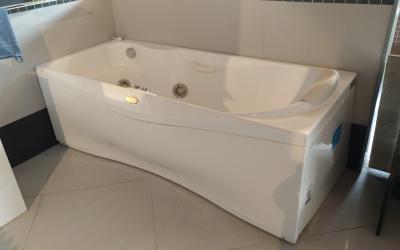 Vasca Da Bagno Trovaprezzi : Vasca da bagno prezzi outlet vicenza fratelli pellizzari