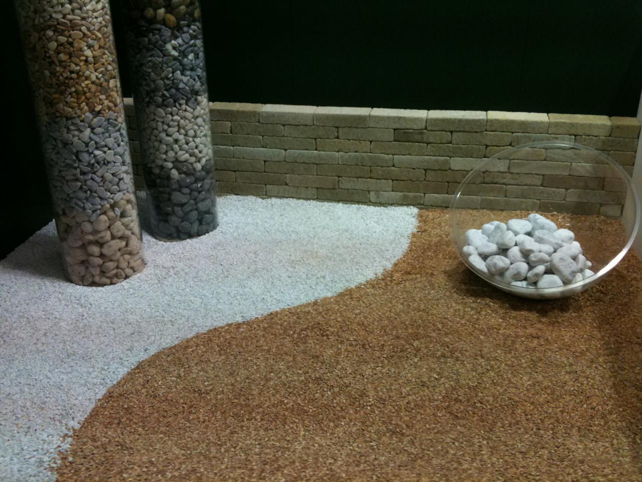 Pietre Per Arredo Giardino.Ciottoli Da Giardino Colori Disponibili Fratelli Pellizzari