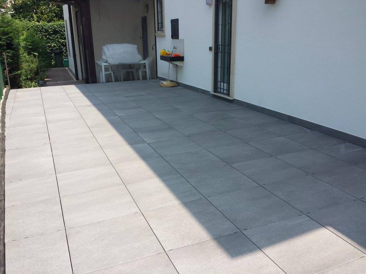 Beautiful Pavimento Terrazza Gallery - Idee Arredamento Casa ...