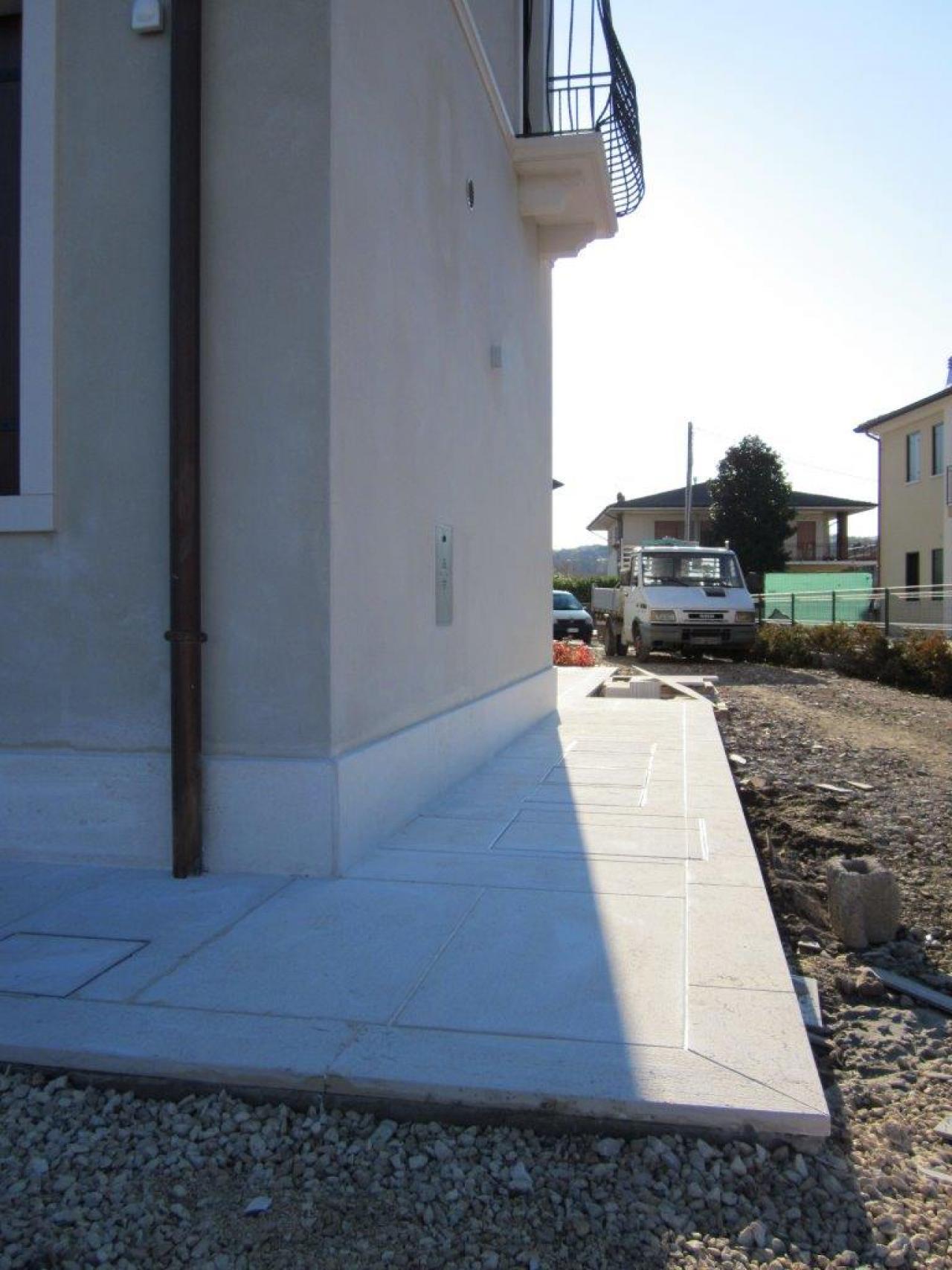 Pietra di prun a tezze di arzignano vicenza una for Costo della costruzione di una casa in pietra
