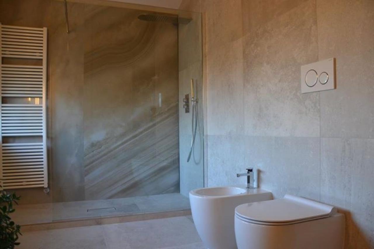 Bagno chiavi in mano sanitari e arredo bagno a vicenza e for Doccia bagno moderno
