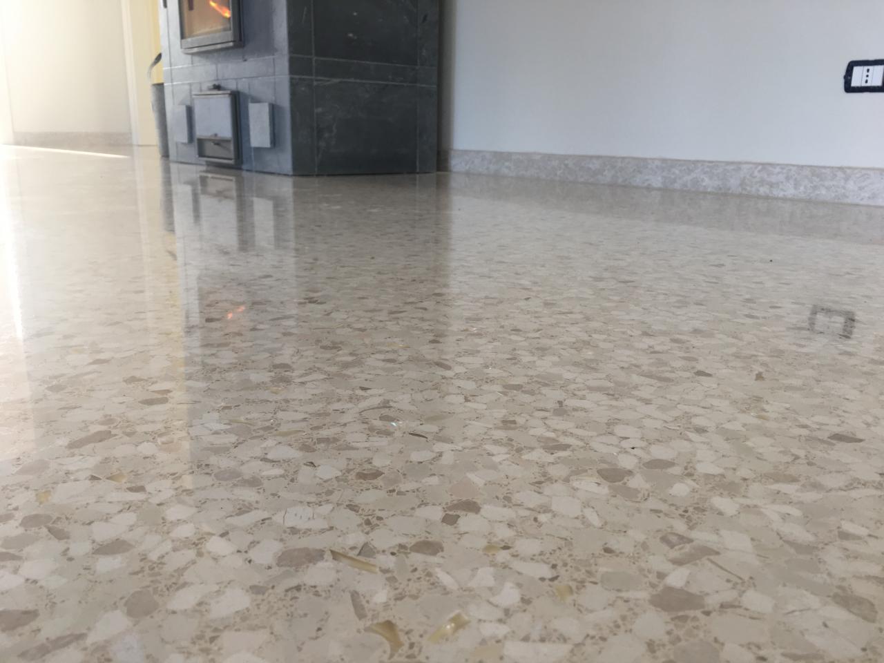 Pavimento veneziana a vicenza e verona fratelli pellizzari for Veneziana pavimento