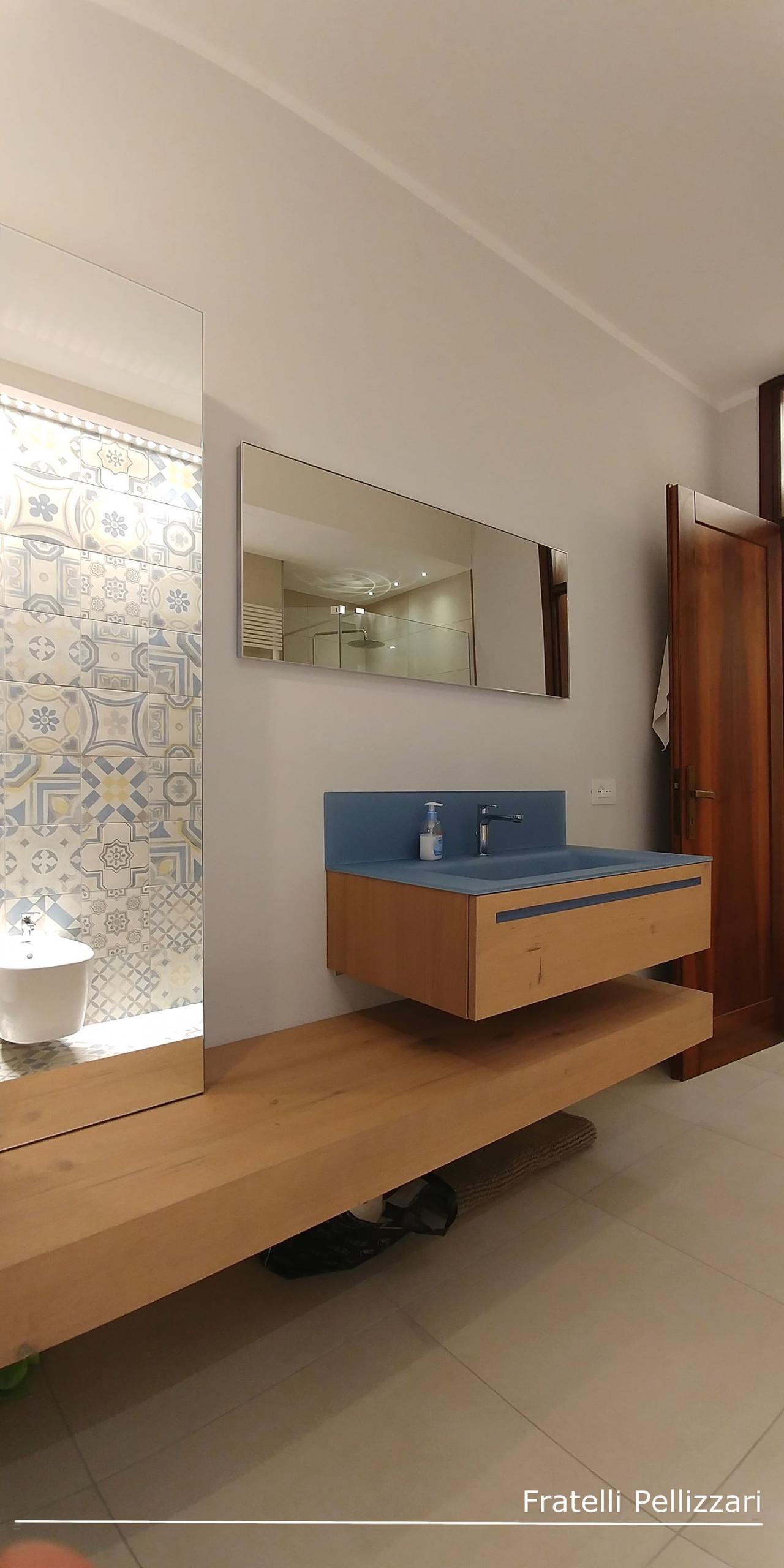 Il mobile per il bagno fratelli pellizzari for Cassettone bagno