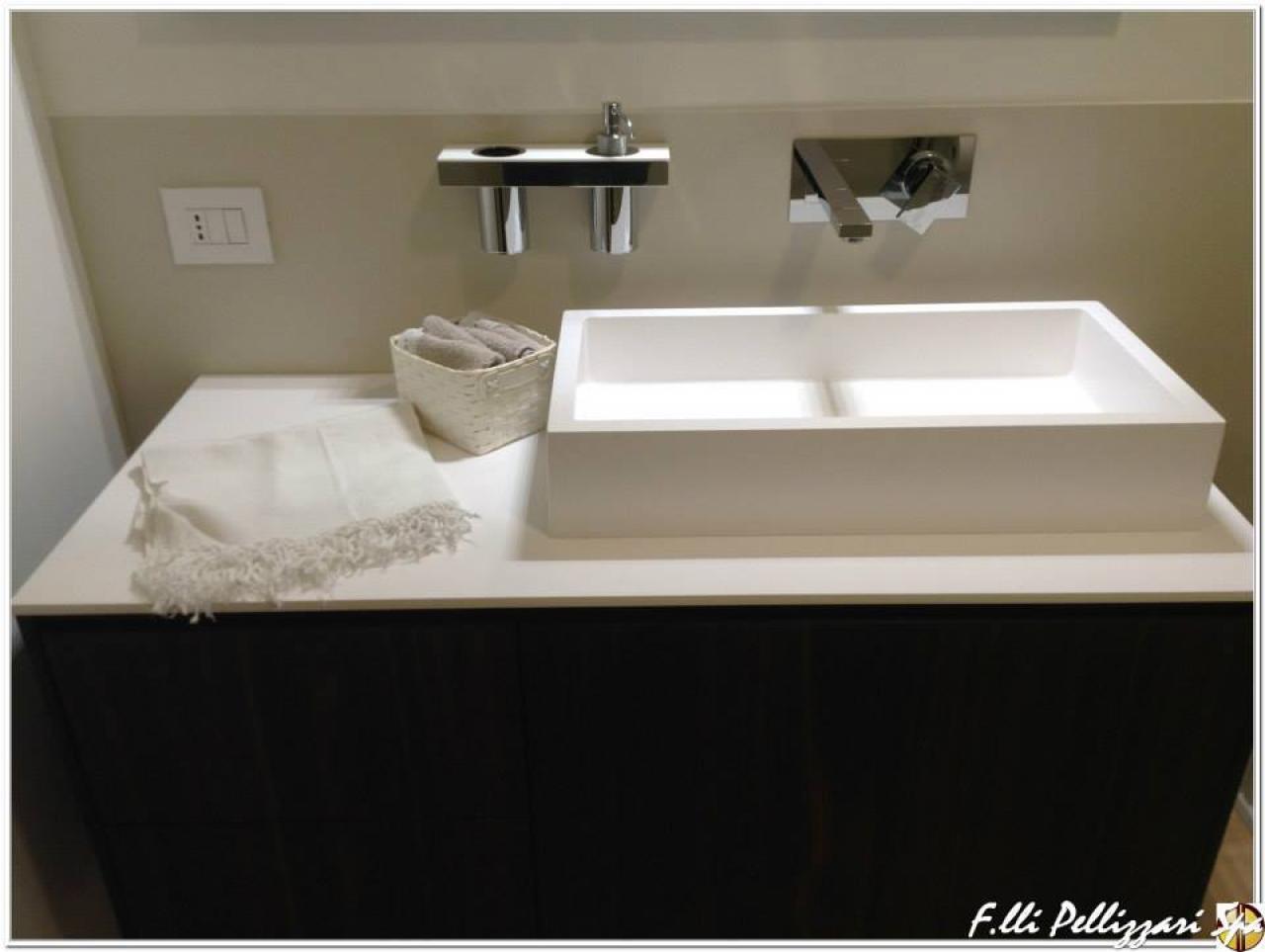 Lavello Bagno Con Mobile : Il mobile per il bagno fratelli pellizzari