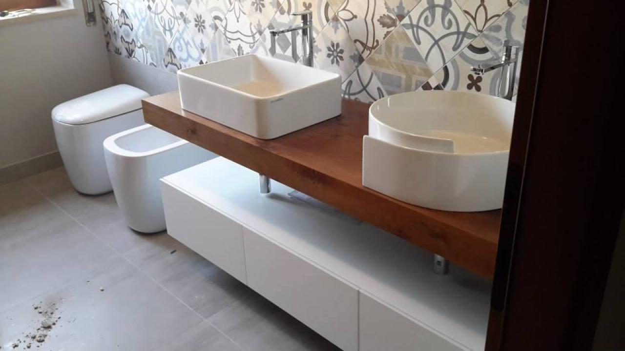 Mensole Per Bagno In Legno.Il Mobile Per Il Bagno Fratelli Pellizzari