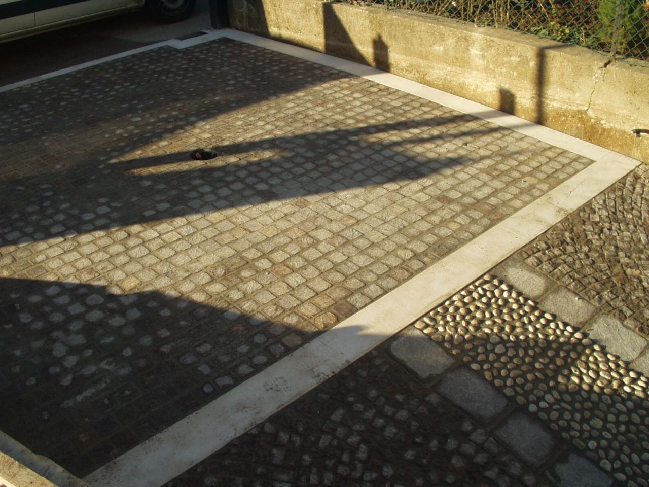 Pavimento scivolo garage con pendenza fratelli pellizzari - Pavimento per garage ...
