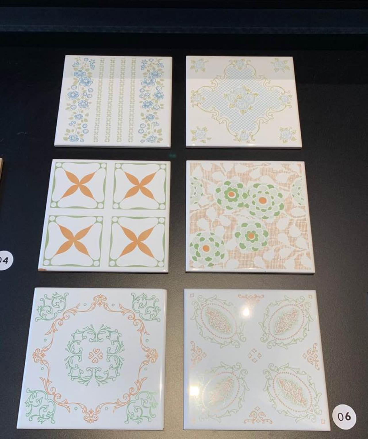 Piastrelle Decorative Per Tavoli piastrella ceramica: storia dalle origini al 1900 | fratelli