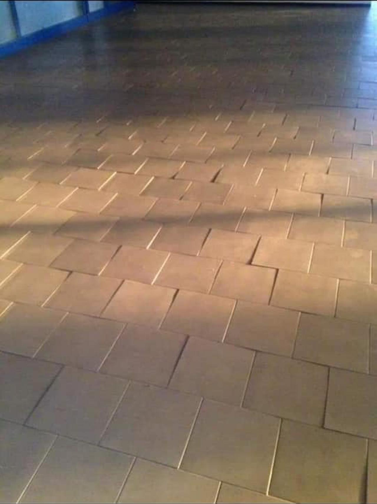 Posa Piastrelle 30X60 A Correre gradini tra piastrelle: quando sono difetti e come evitarli