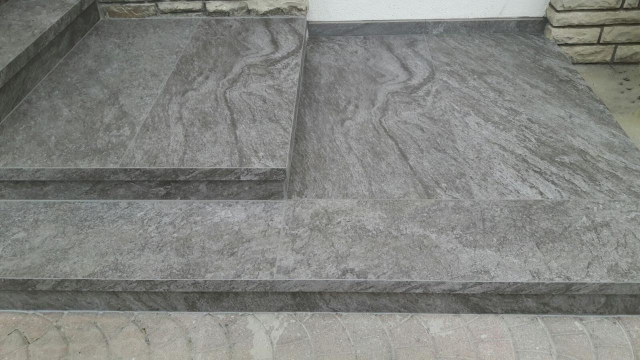 Scale in marmo legno ceramica a vicenza e verona - Granito per scale ...