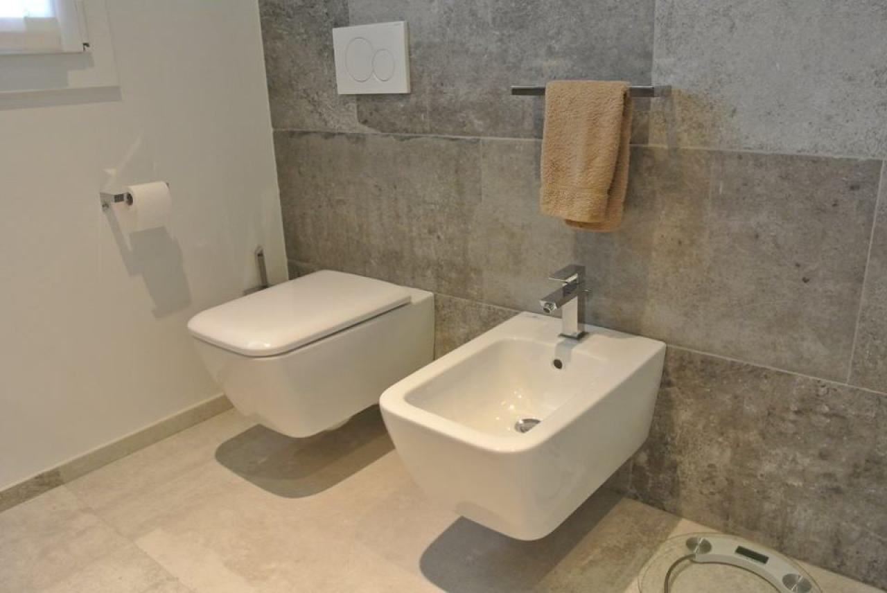 Bagno pulito ed igienico senza sprechi di tempo mondo