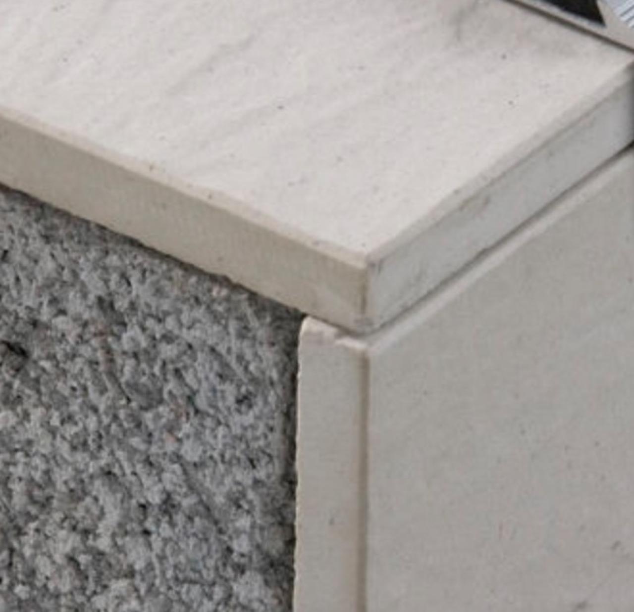 Gradini Per Scale In Gres Scala Interna Di Casa Legno