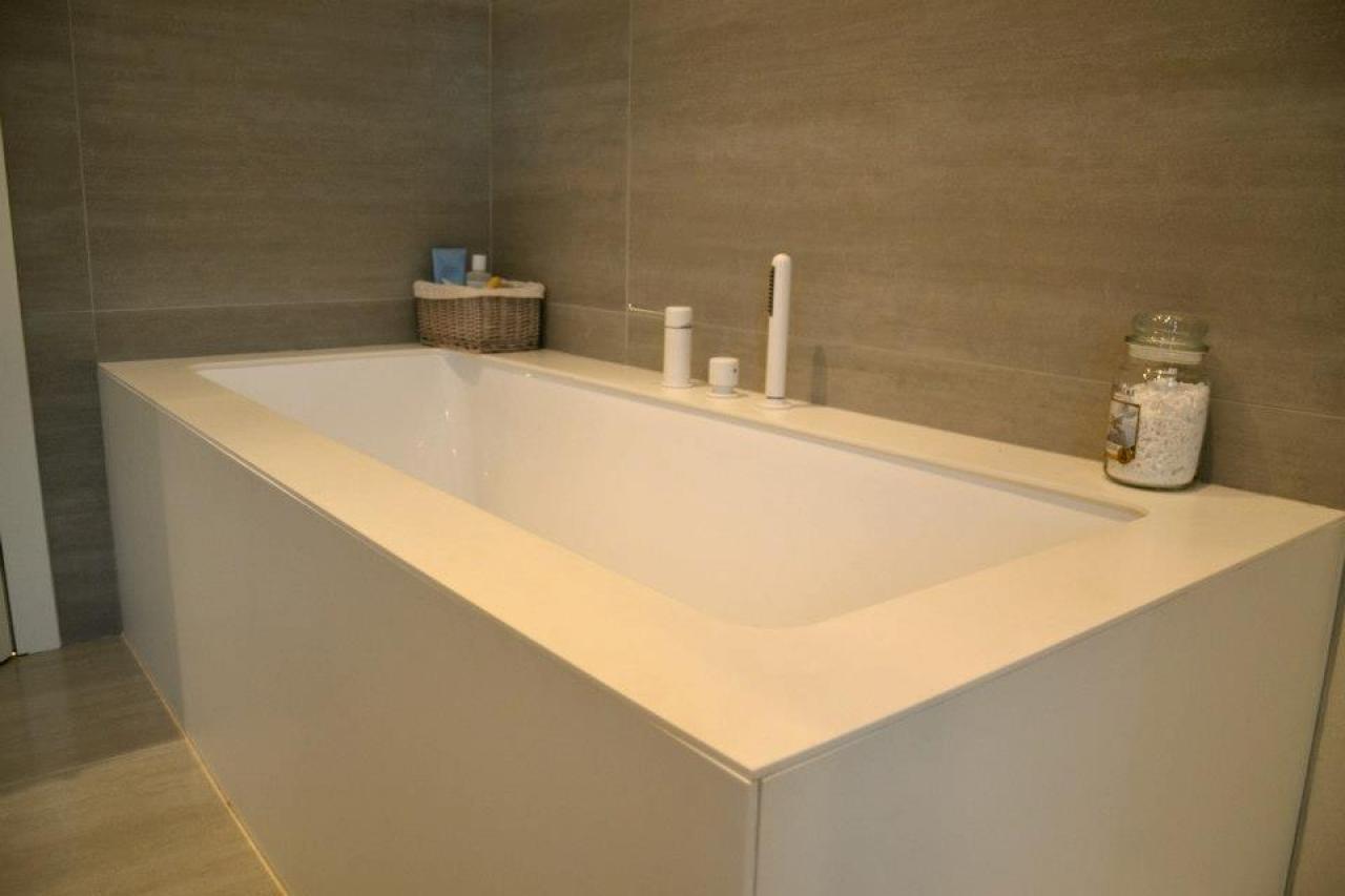 Vasca Da Bagno Con Pannelli : La vasca da bagno a vicenza fratelli pellizzari