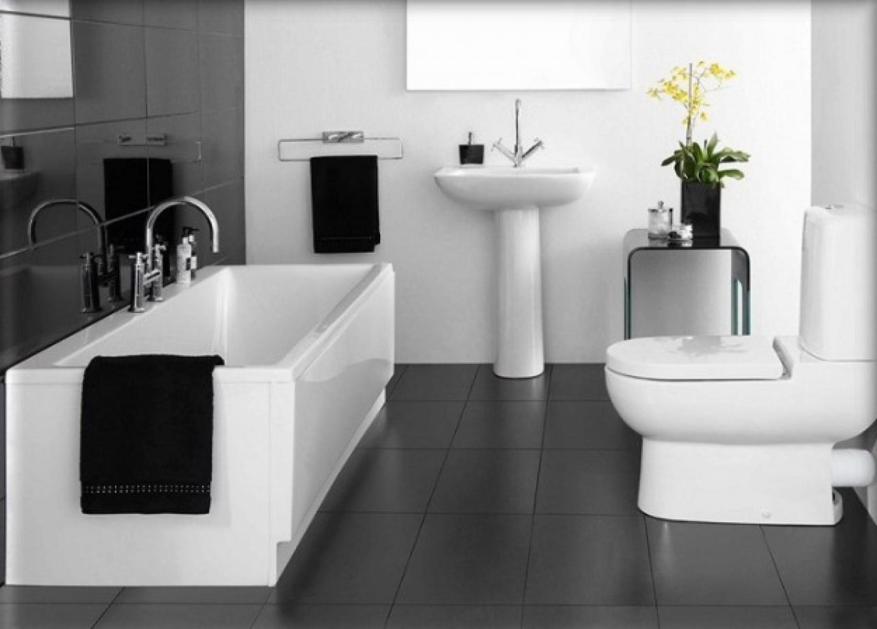 Il bagno black and white fratelli pellizzari - Bagno lilla e bianco ...
