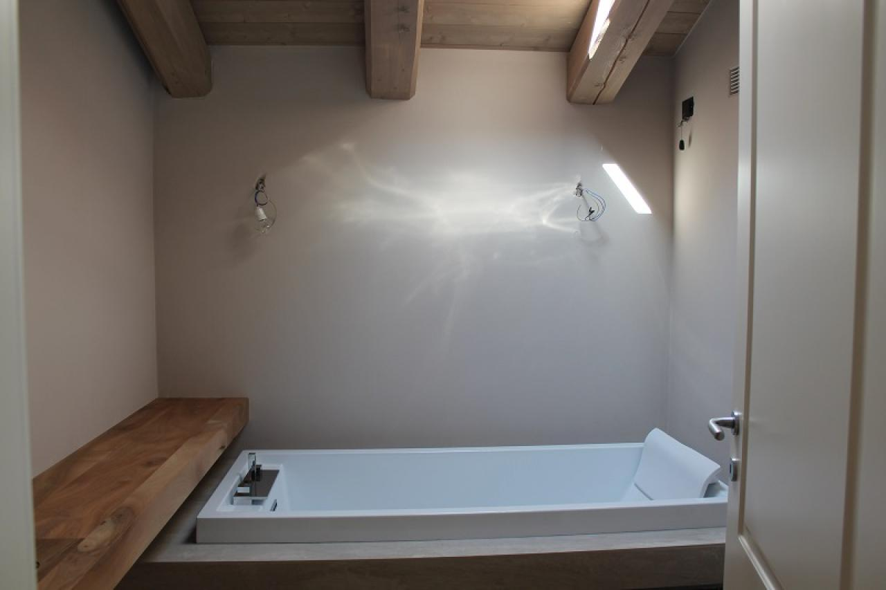 Idee Bagno Moderno Piccolo bagno in mansarda | fratelli pellizzari