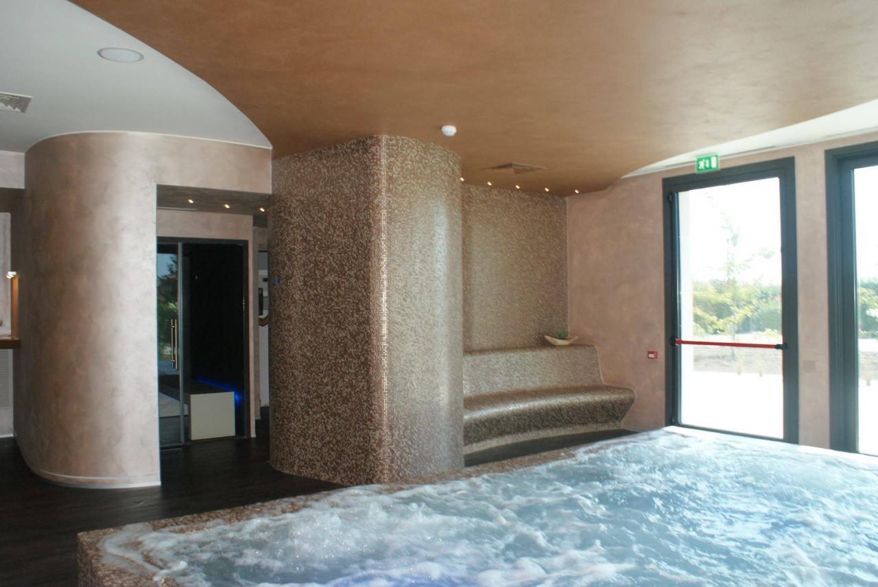 Stili bagno guida fotografica per scegliere arredi e rivestimenti fratelli pellizzari - Bagno stile spa ...