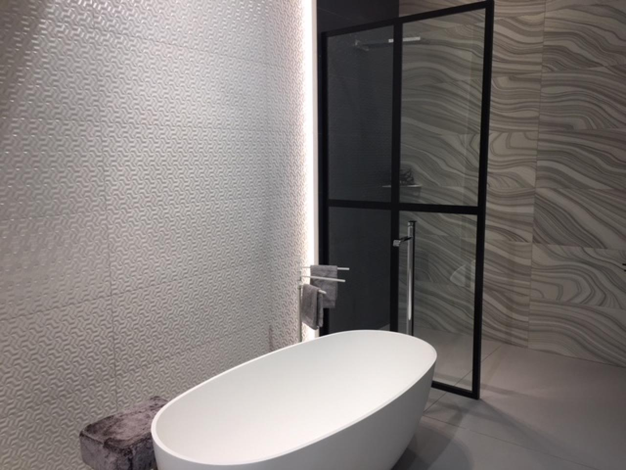 Quadro box doccia con telaio disenia