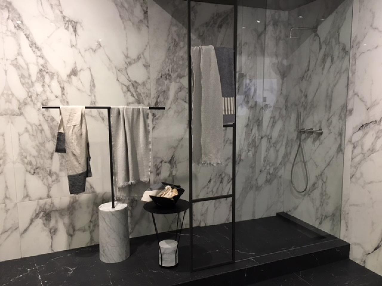 Lusso idee di dimensioni piatti doccia standard image gallery