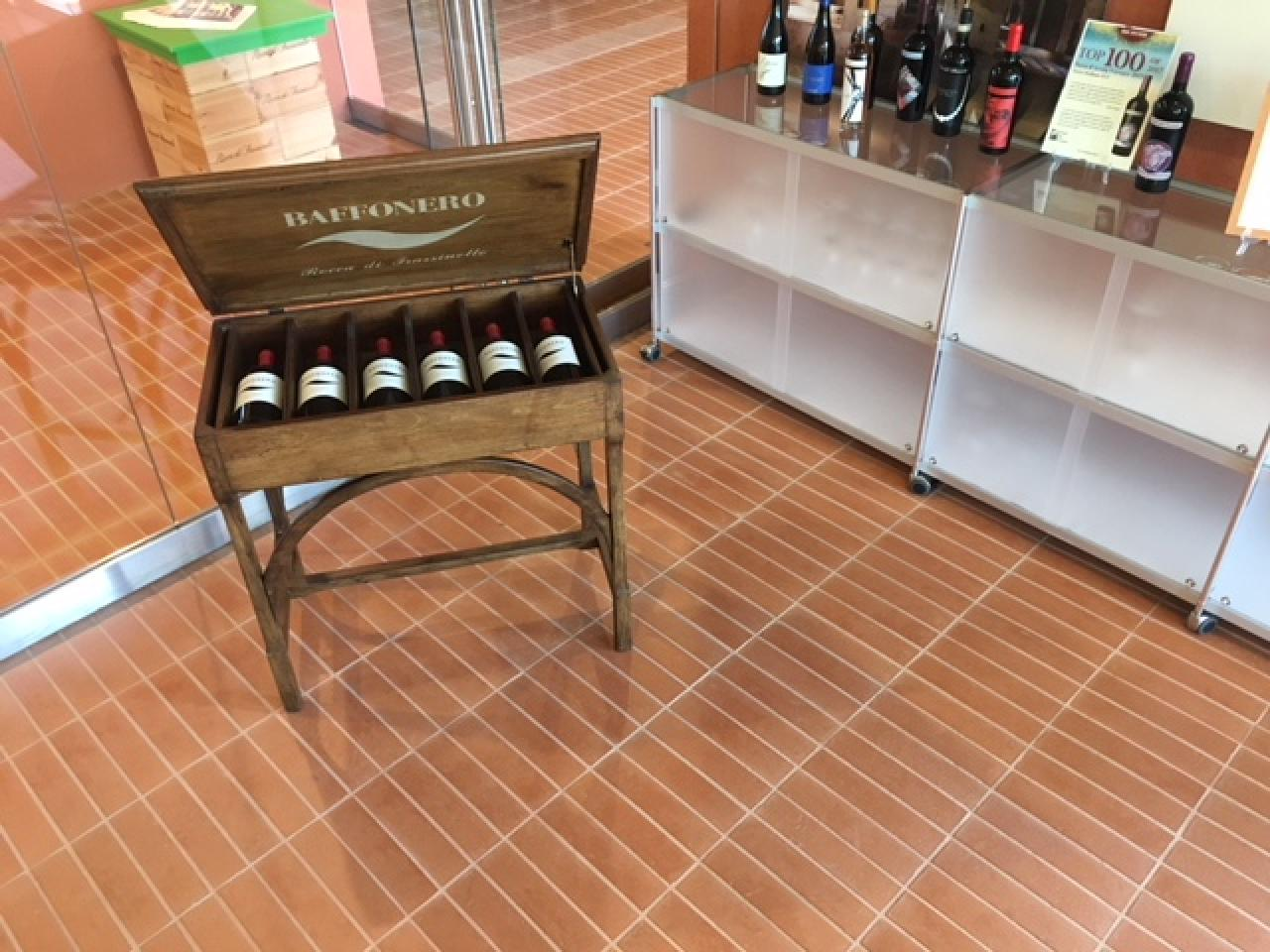 Pavimento per cantina vinicola le 3 piastrelle migliori fratelli