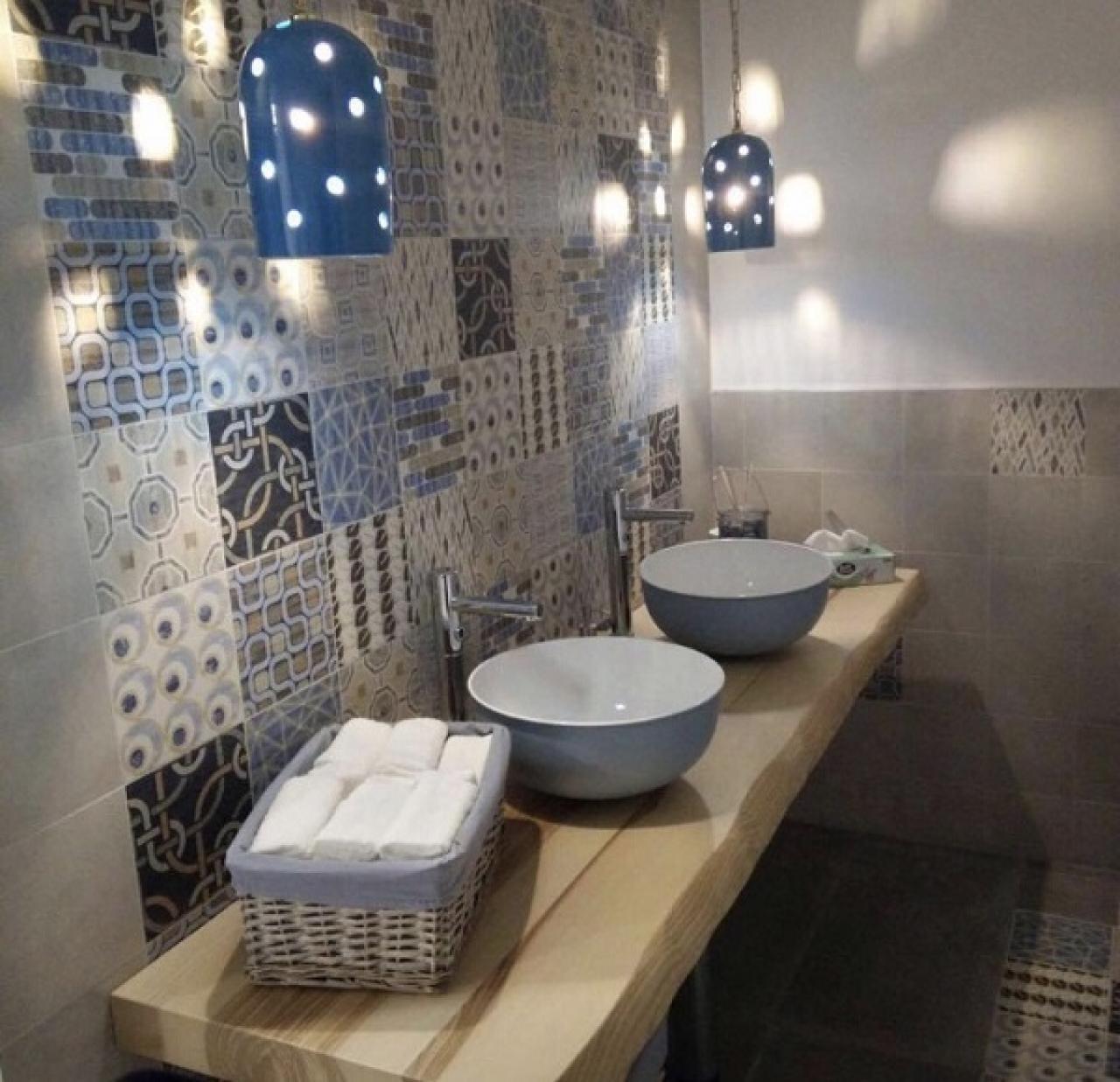 Le cementine piastrelle decorate in gres porcellanato fratelli pellizzari - Bagno con cementine ...