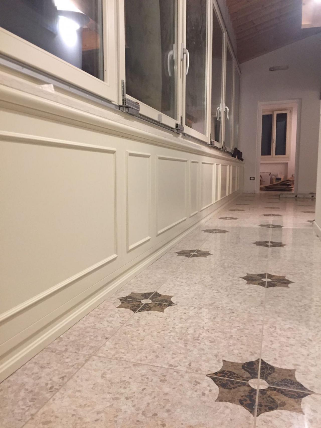 Grès porcellanato levigato: un pavimento lucido a specchio ...