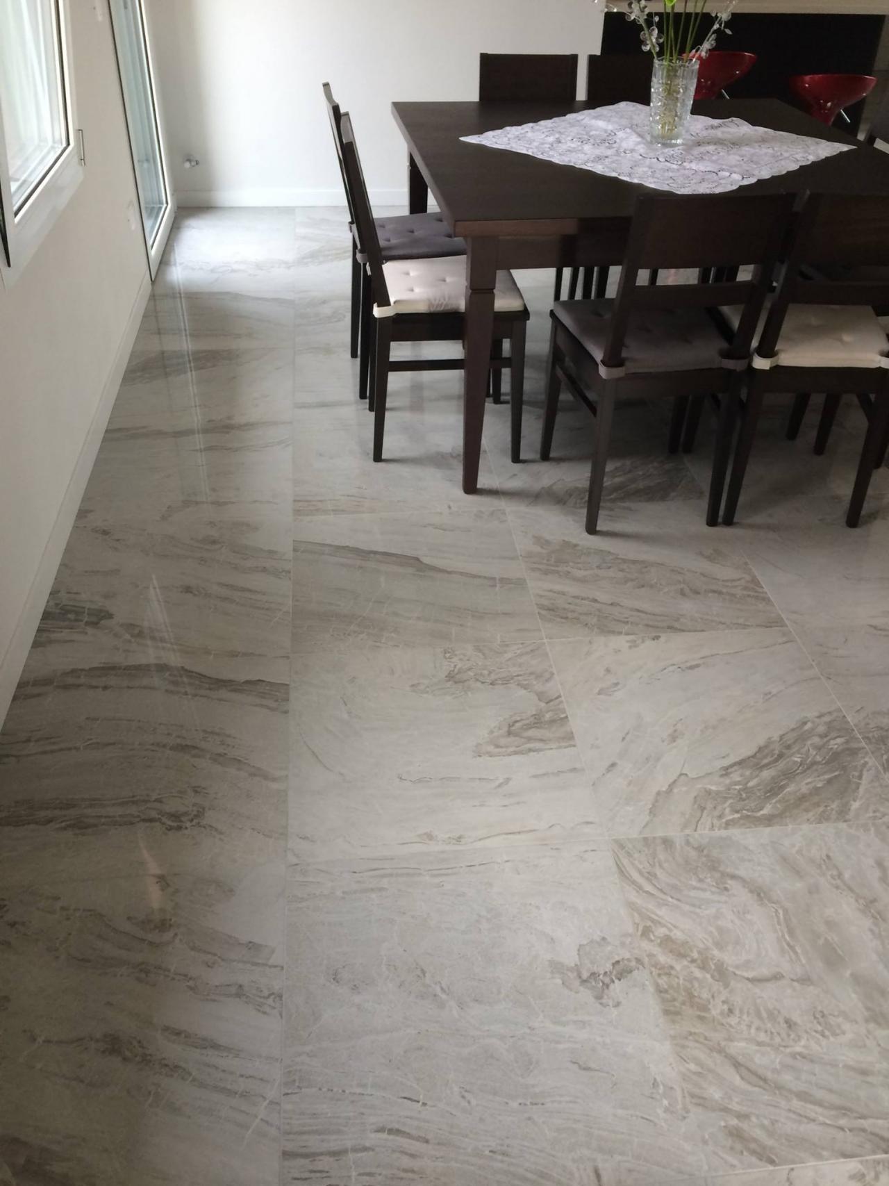 Pavimenti in piastrelle di ceramica e gres a vicenza e - Piastrelle di gres porcellanato ...
