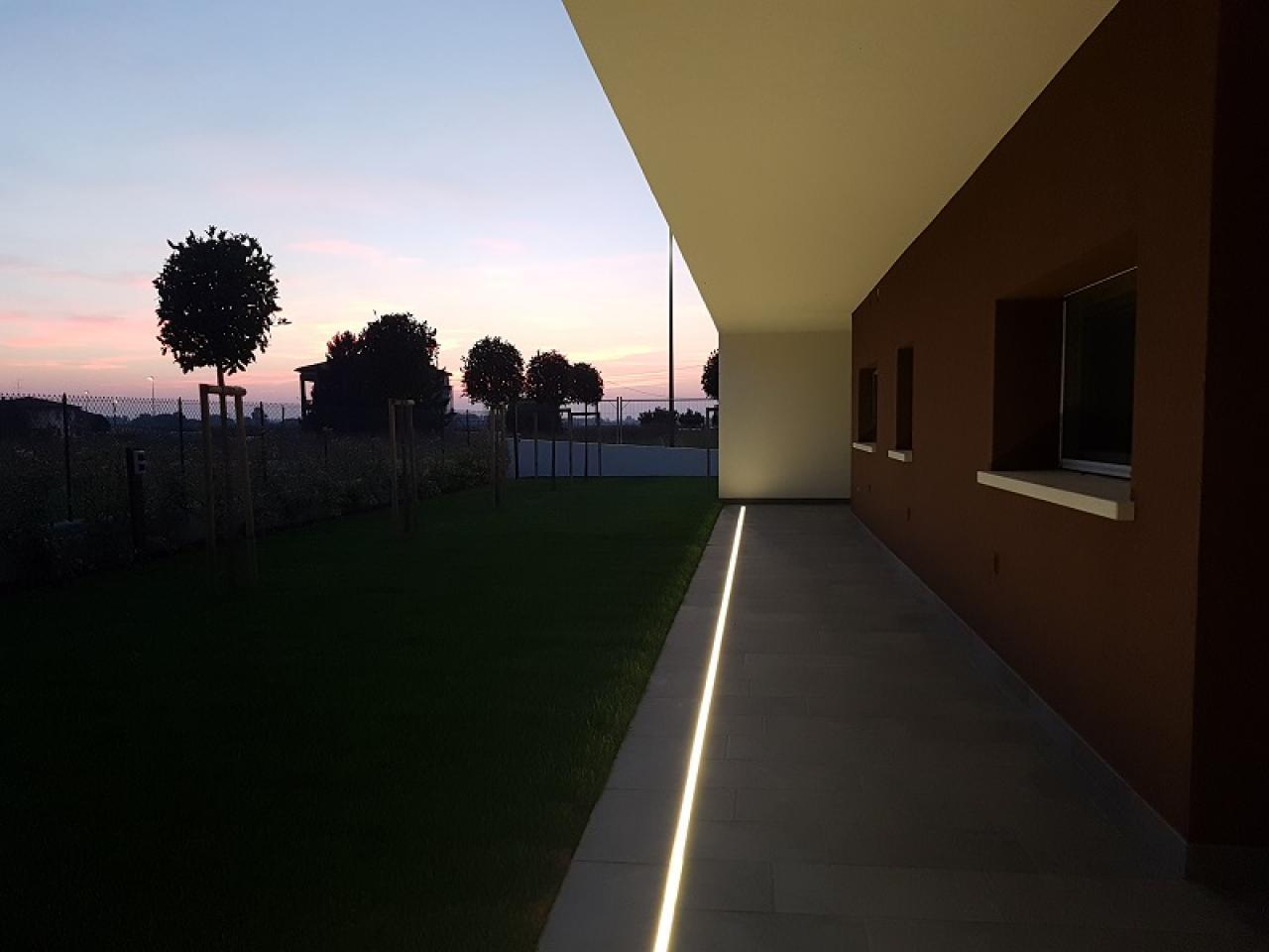 Luce: illuminare i pavimenti esterni fratelli pellizzari