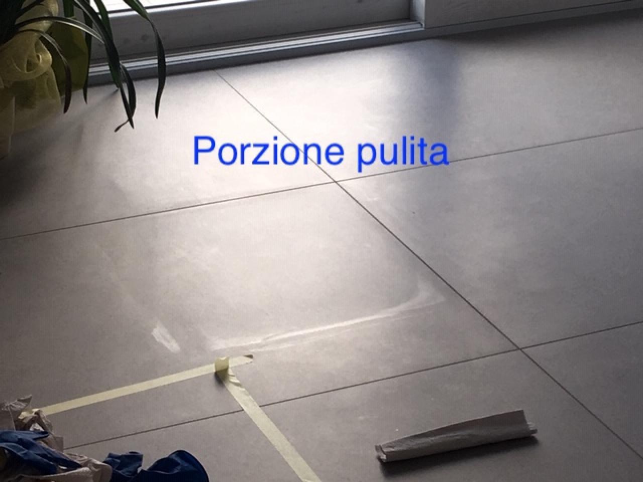 Macchie nel pavimento in grès i prodotti fila fratelli pellizzari